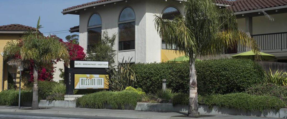 Our Santa Cruz Hotel is located along the Pacific Coast Highway