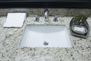 Mission Inn & Suites - Bathroom sink